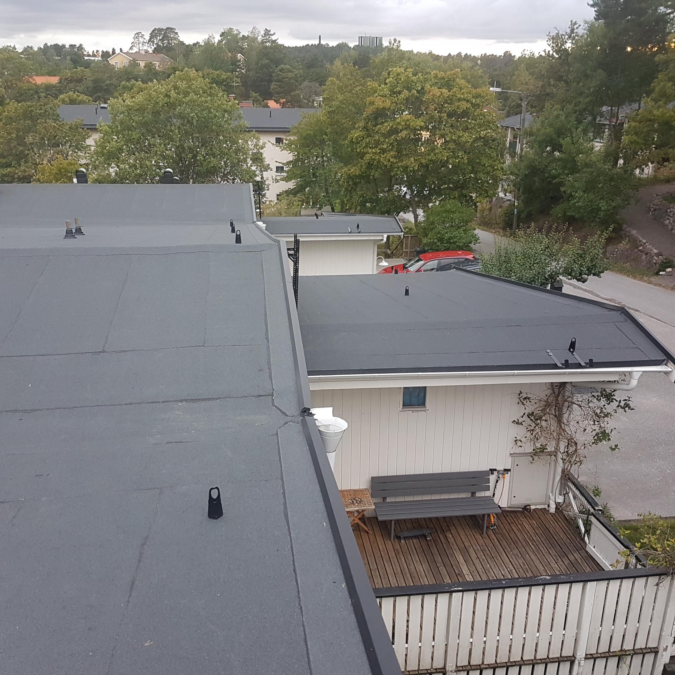 Byte av tak: Valhallavägen Saltsjöbaden